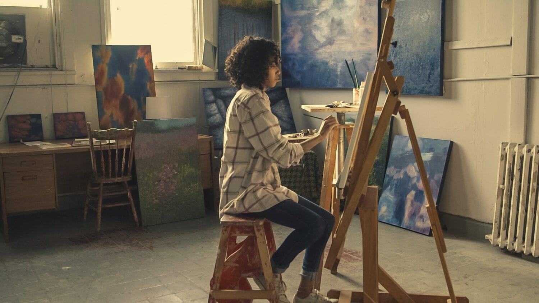 Los-Angeles-intern-housing-artist-painting