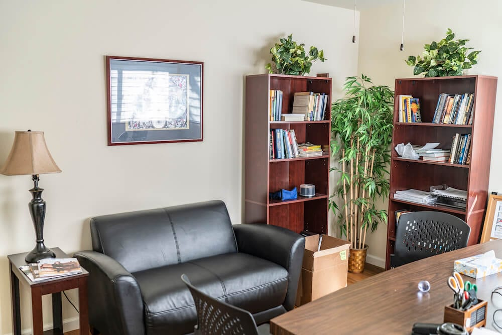 intern housing in LA couch