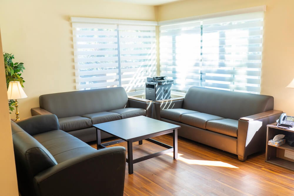 intern housing in la living room
